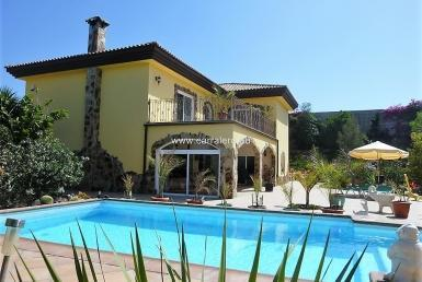 El Salobre villa sale with views to the golf course Salobre Golf